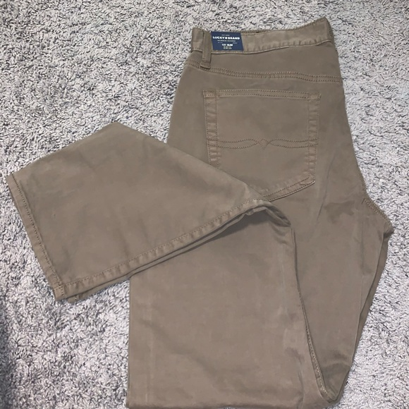 Lucky Brand Other - Lucky Brand NWT Mens 121 Slim 33x32 chinos